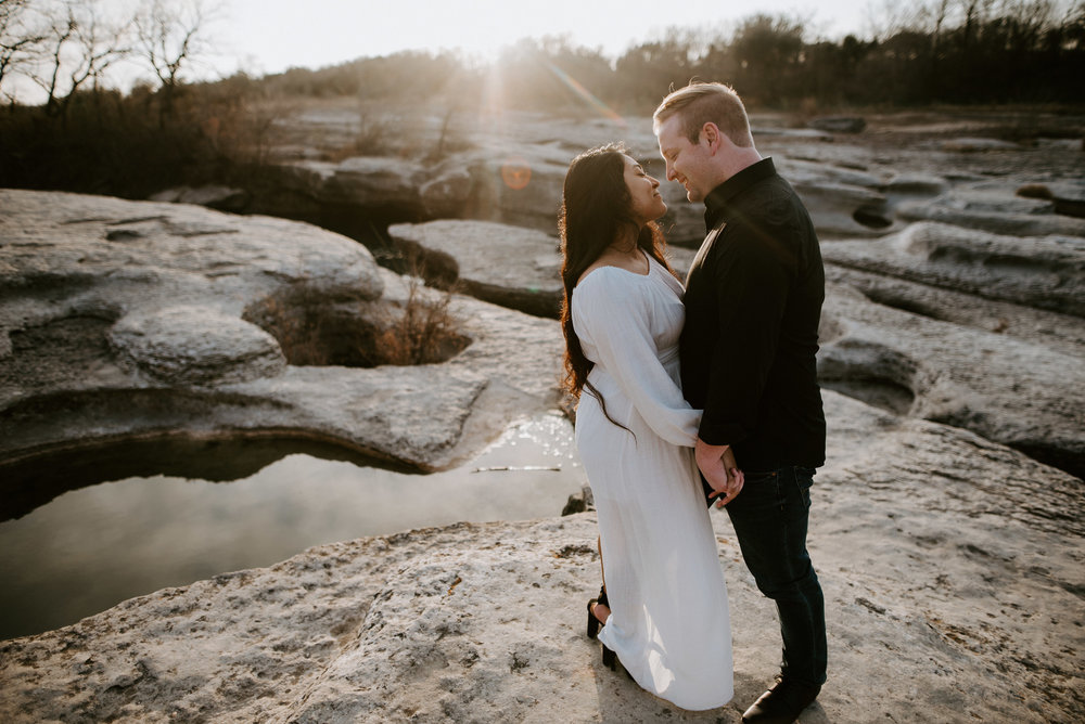 engagement photos in texas sunset