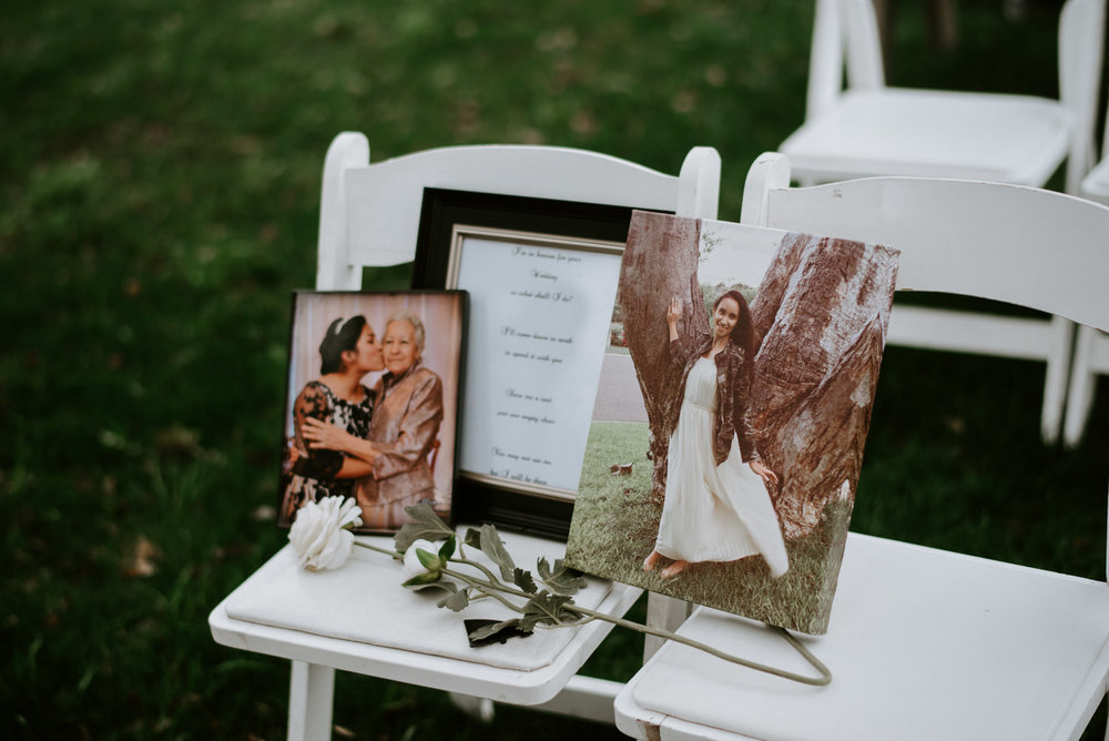 memoriam seat at wedding