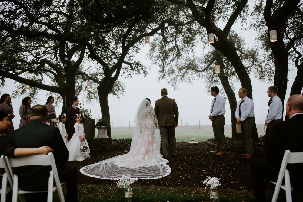 stonehouse villa texas wedding ceremony