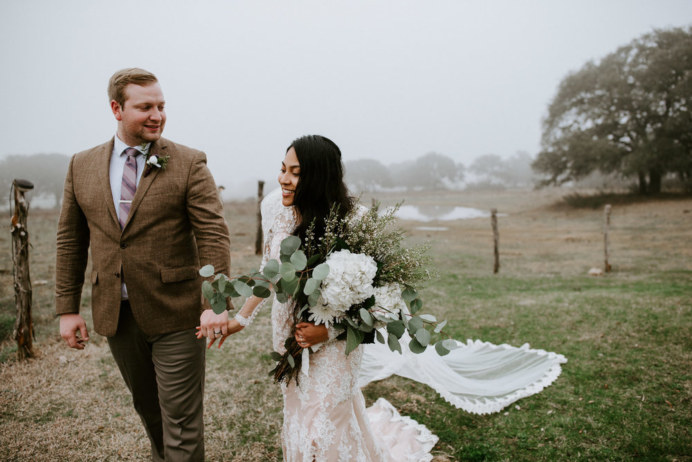 texas foggy wedding at stonehouse villa