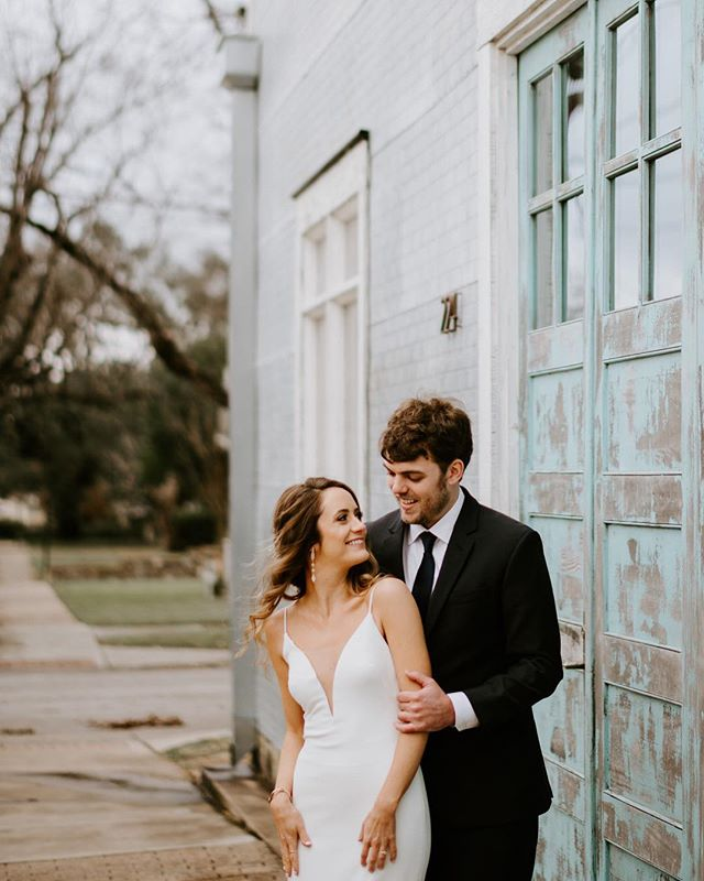 Getting in one last post before Santa rides that sleigh.  I freaking love all you guys and hope you have the most amazing Christmas ever! . . . . #austintx #austinweddingphotographer #atxwedding #austinphotographer  #texaswedding #houstonweddingphotographer #atxphotographer #austinwedding #loveintentionally #intimatewedding #authenticlovemag #atxlife #featuremeoncewed #dfwweddingphotographer  #destinationweddingphotographer #elopementphotographer #bohobride #bridesofaustin #texasweddingphotographer #weddingphotographer #destinationweddingphotographer #realweddings #bohowedding  #denverweddingphotographer #loveauthentic #couplesphotos #brideandgroom  #theknot #atx #intimateweddingphotographer