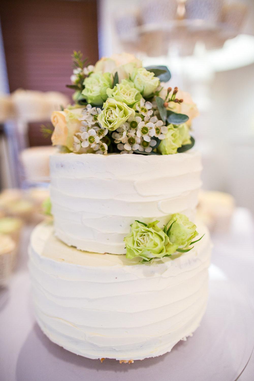 170415 - berkshire-wedding-photographer-36.jpg
