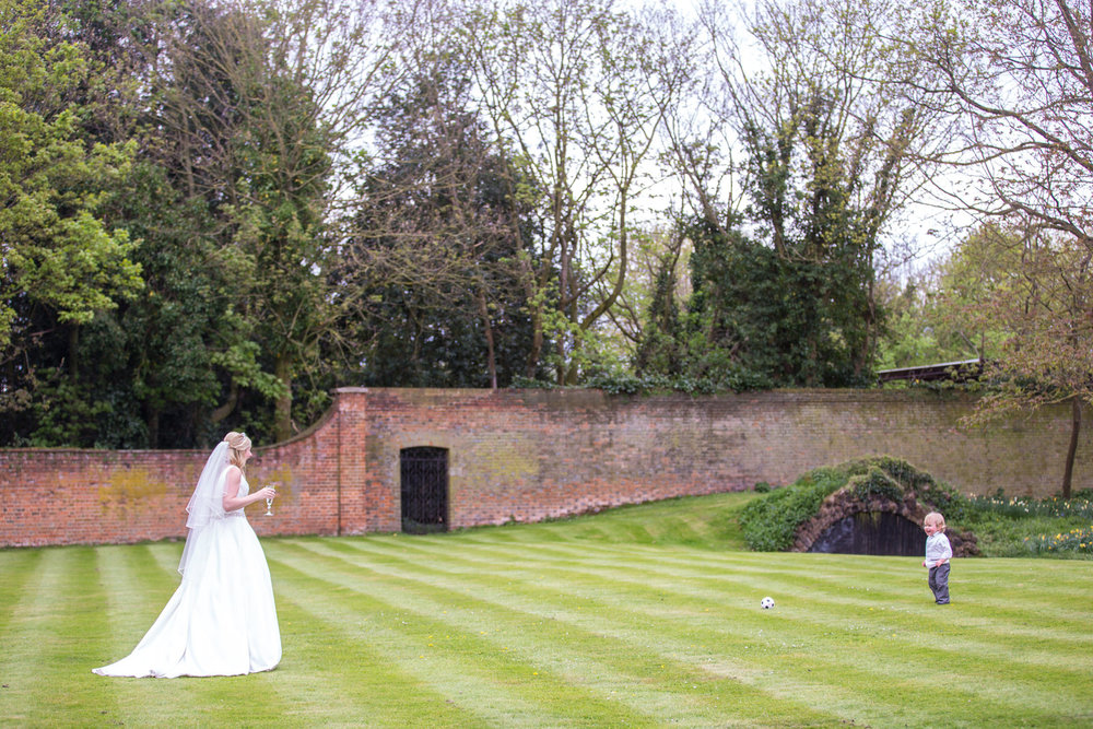 170415 - berkshire-wedding-photographer-96.jpg