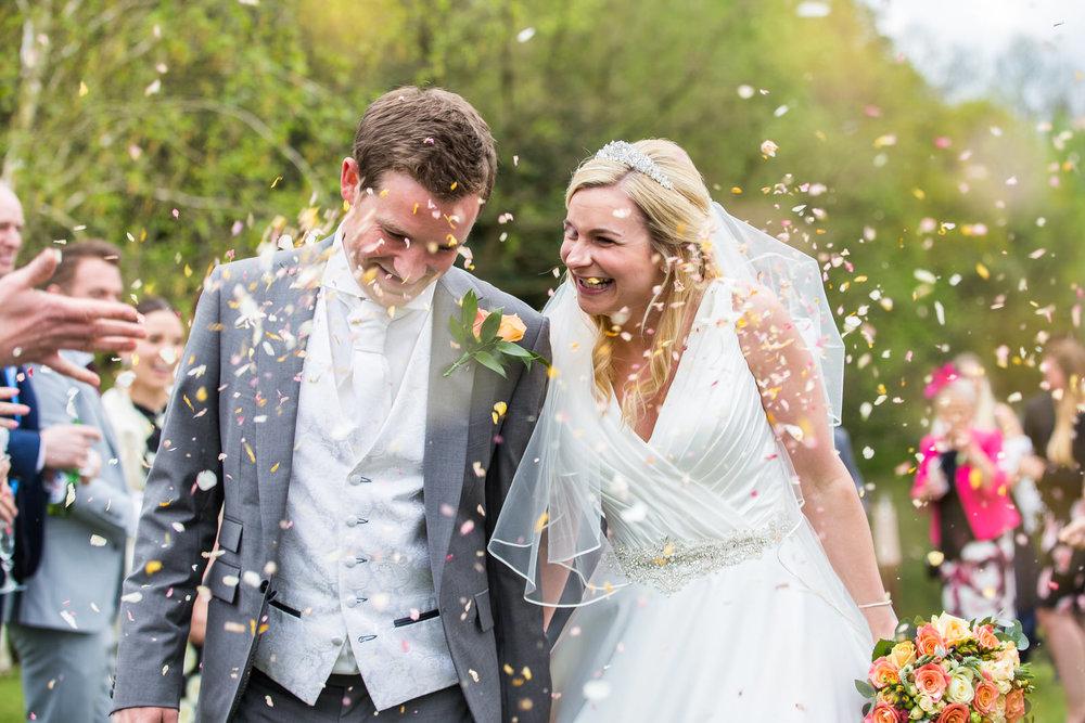 170415 - berkshire-wedding-photographer-102.jpg