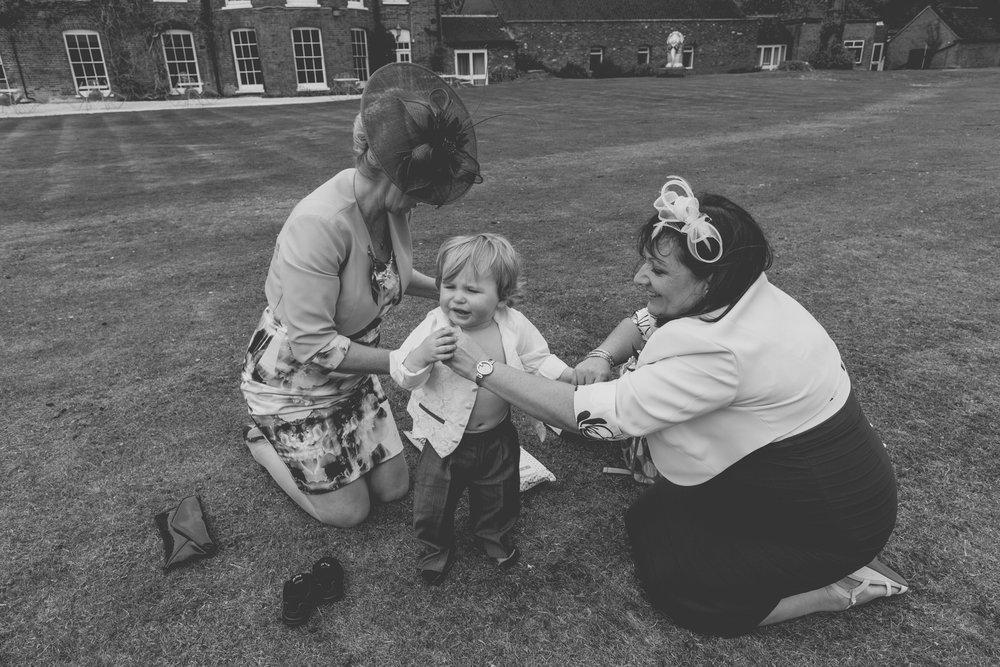 170415 - berkshire-wedding-photographer-121.jpg