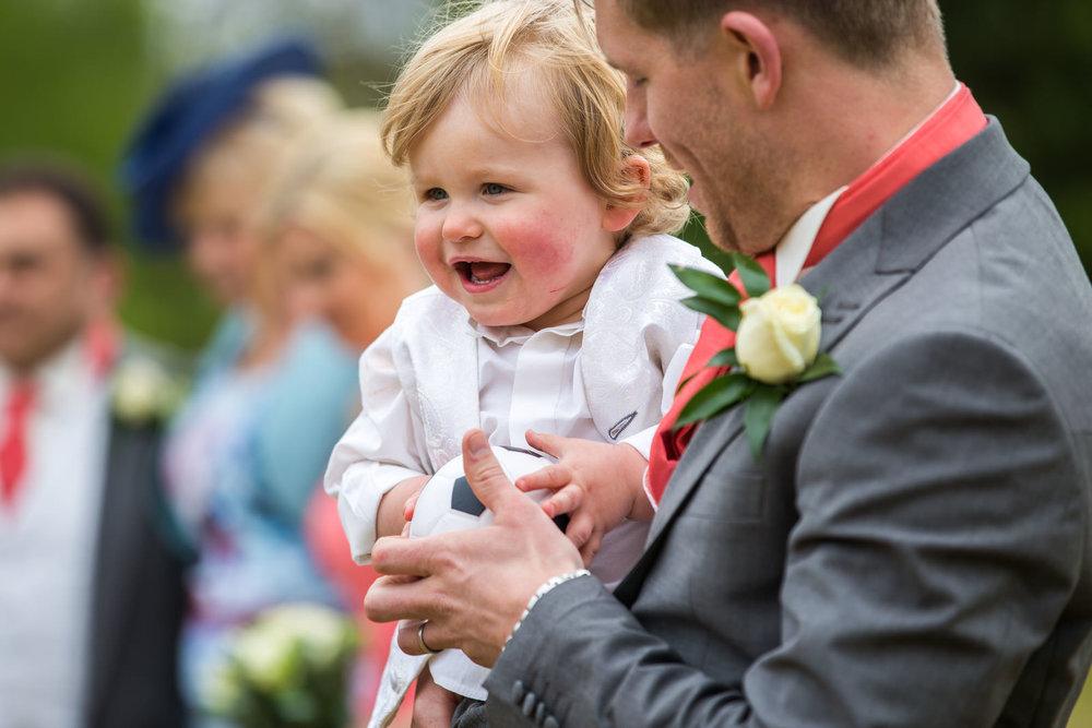 170415 - berkshire-wedding-photographer-127.jpg