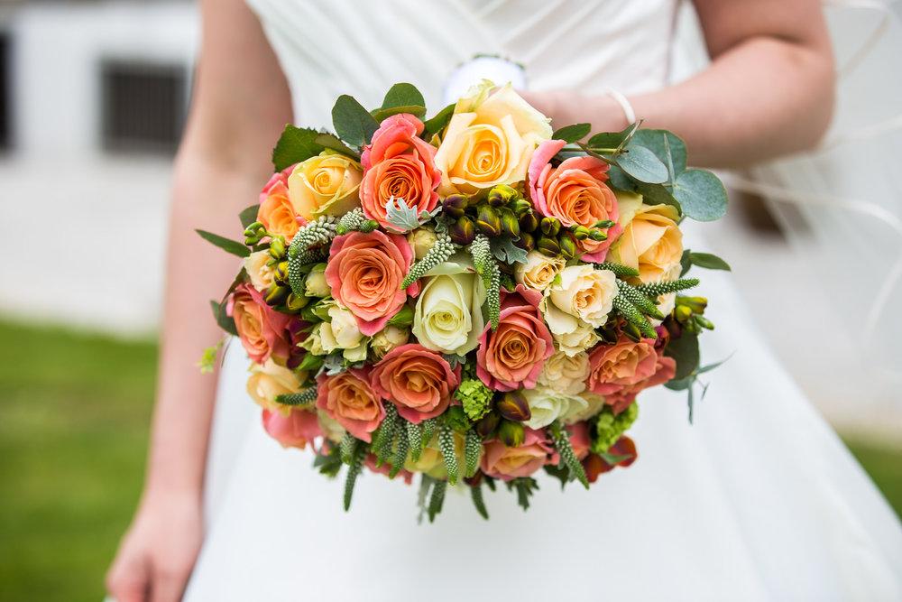 170415 - berkshire-wedding-photographer-134.jpg