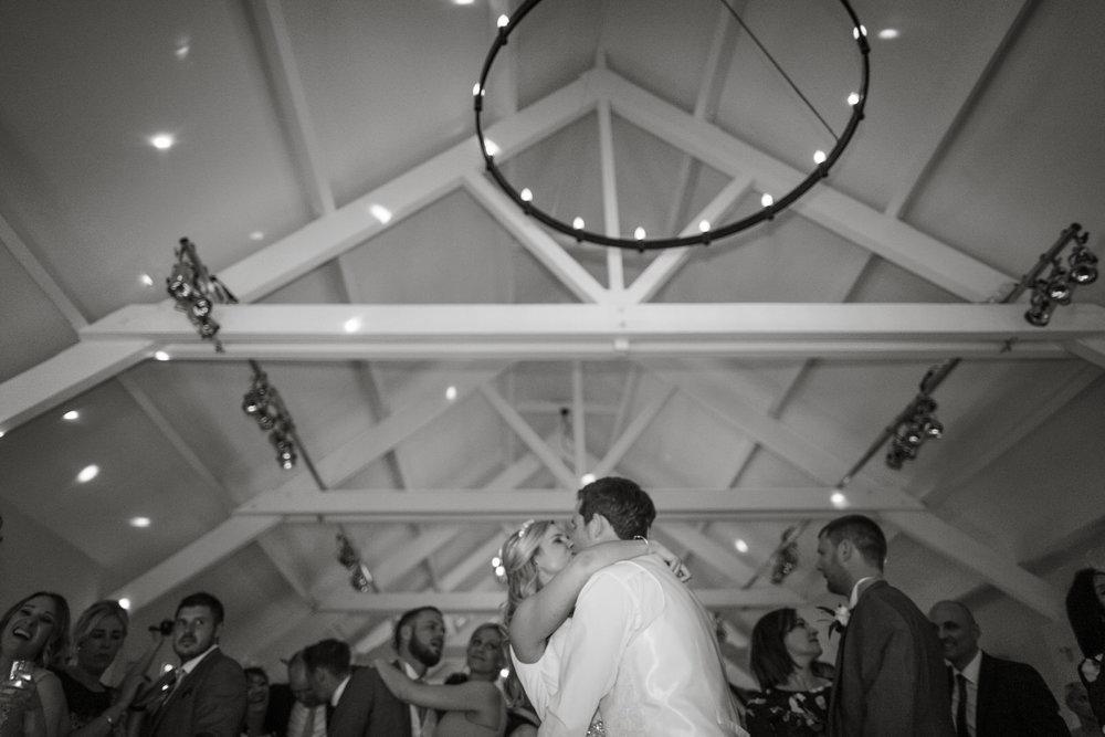 170415 - berkshire-wedding-photographer-217.jpg