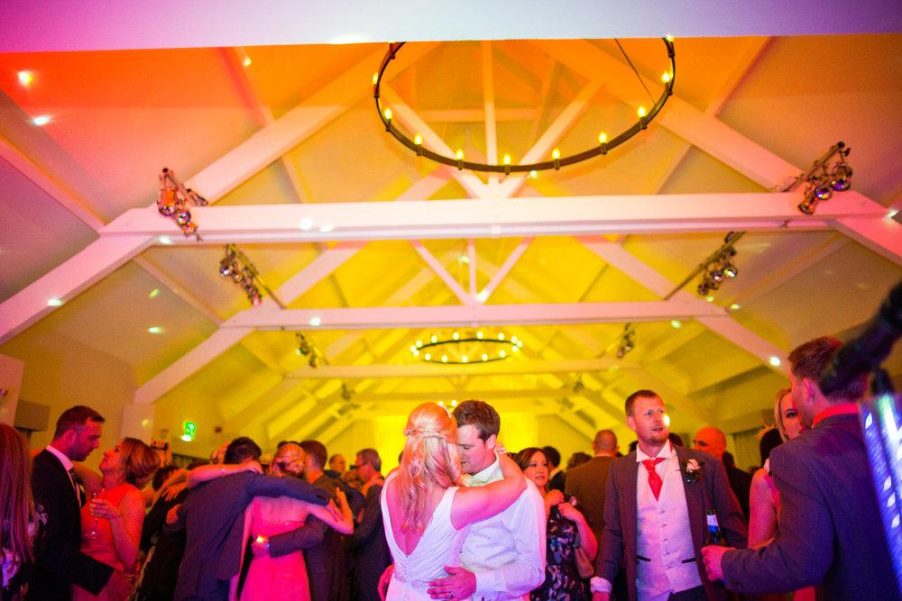 170415 - berkshire-wedding-photographer-216.jpg