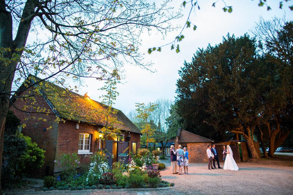 170415 - berkshire-wedding-photographer-201.jpg