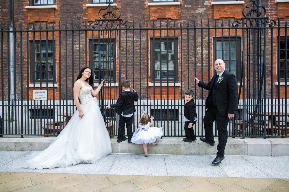 170429 - London-wedding-photographer-379.jpg