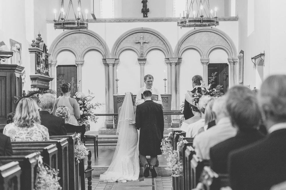 170818 - Berkshire Wedding Photographer-30.jpg