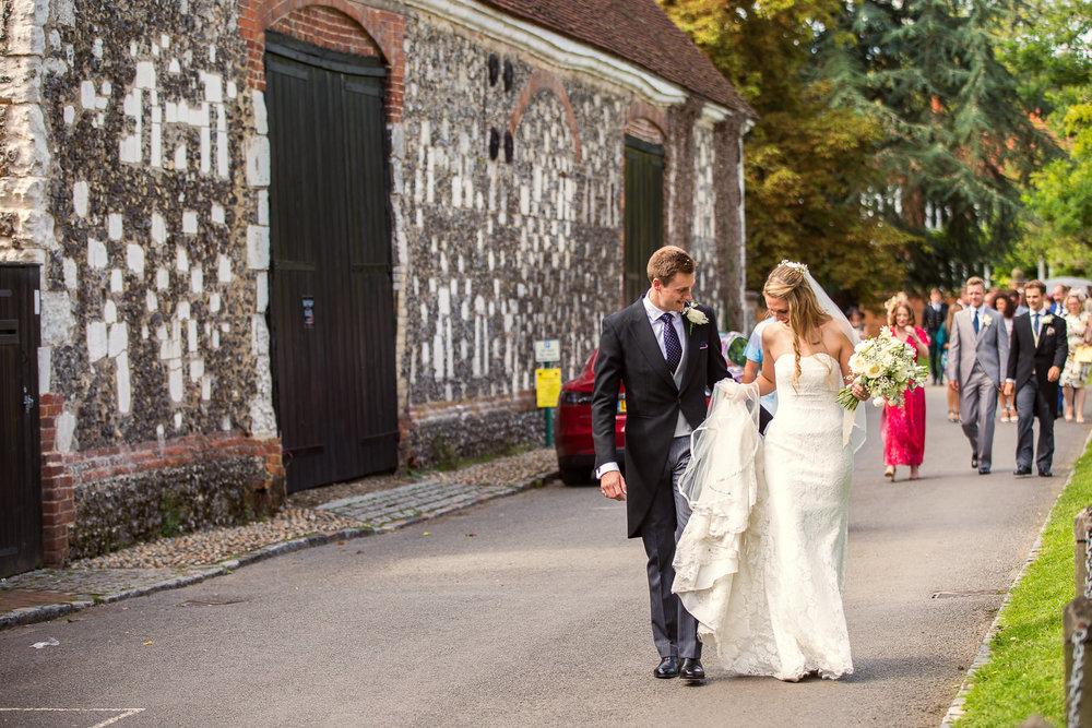 170818 - Berkshire Wedding Photographer-37.jpg