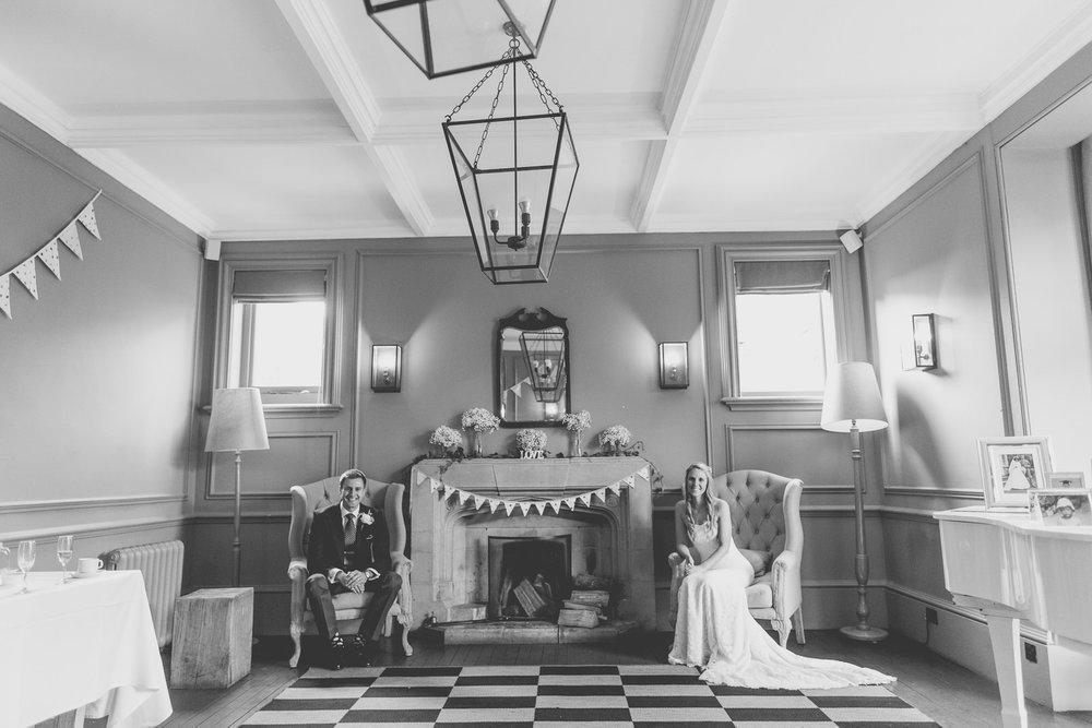 170818 - Berkshire Wedding Photographer-58.jpg