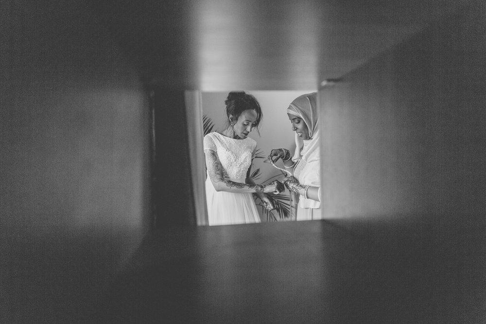 170818 - Surrey Wedding Photographer-38.jpg