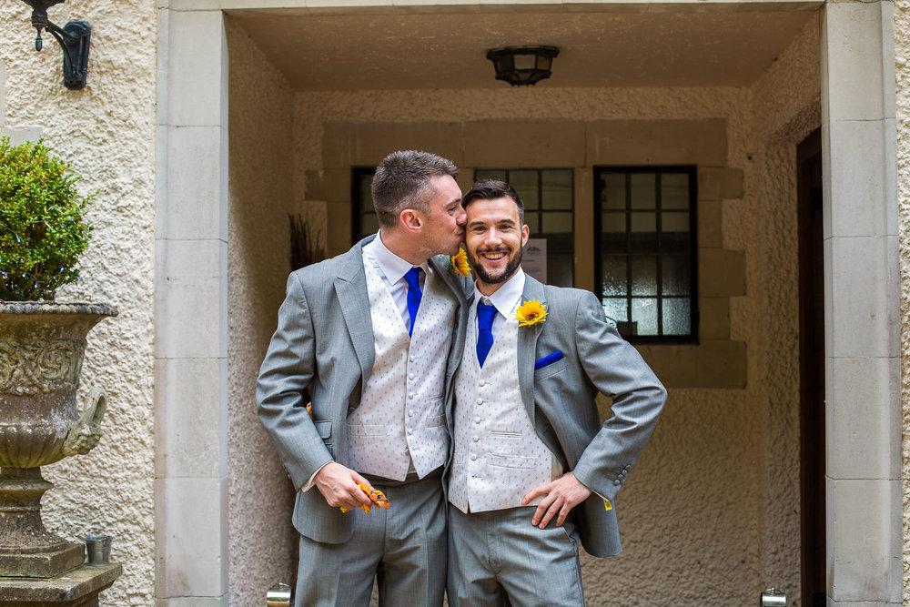 170916 - Surrey Wedding Photographer -18.jpg