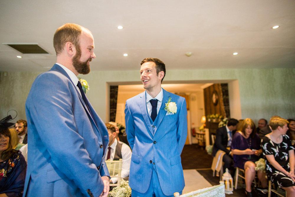 171007 - Berkshire Wedding Photographer-140.jpg