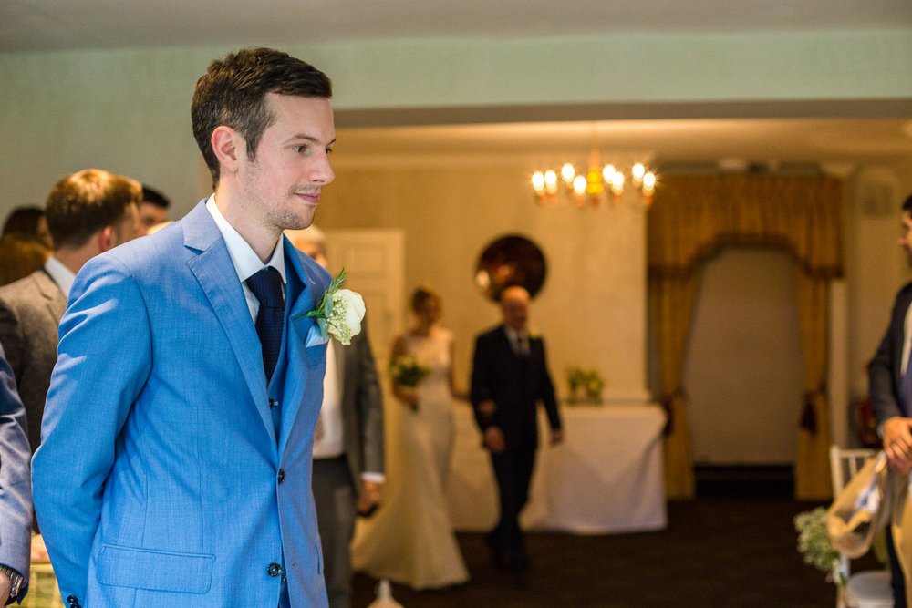 171007 - Berkshire Wedding Photographer-161.jpg