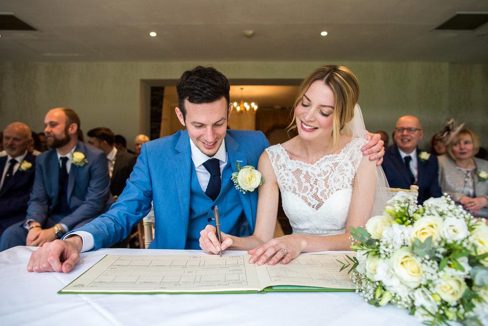 171007 - Berkshire Wedding Photographer-218.jpg