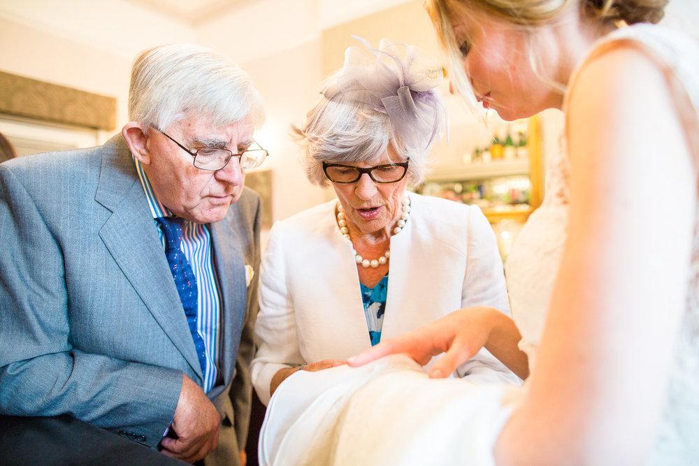 171007 - Berkshire Wedding Photographer-273.jpg