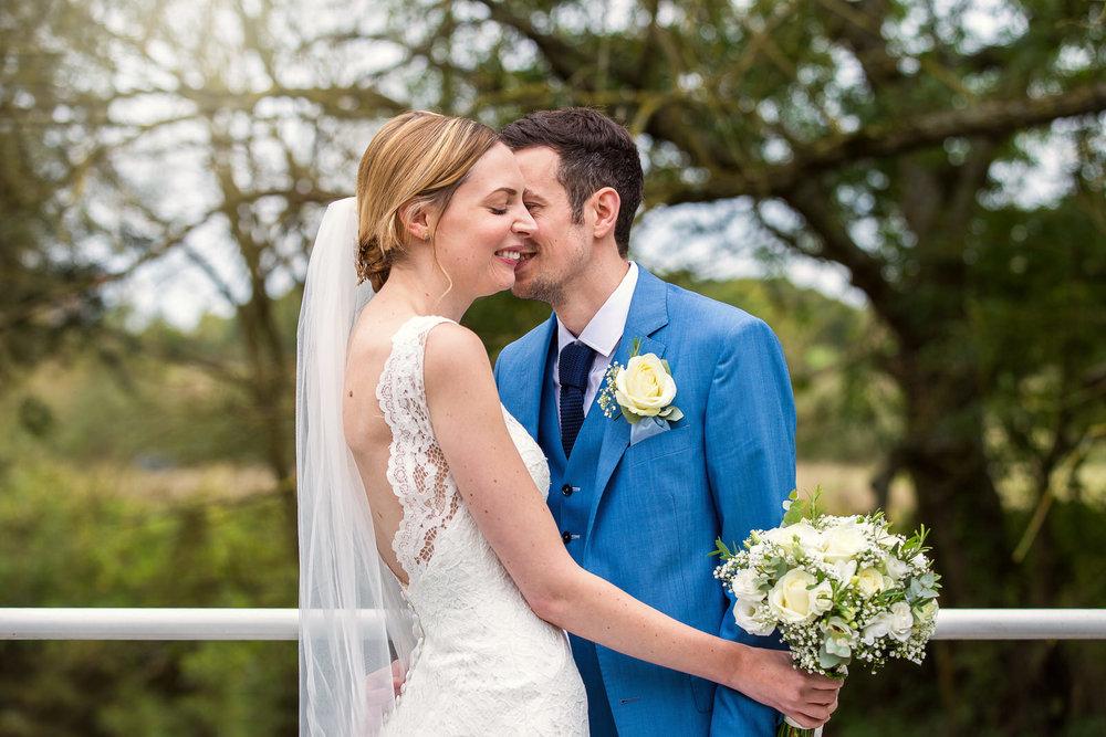 171007 - Berkshire Wedding Photographer-367.jpg