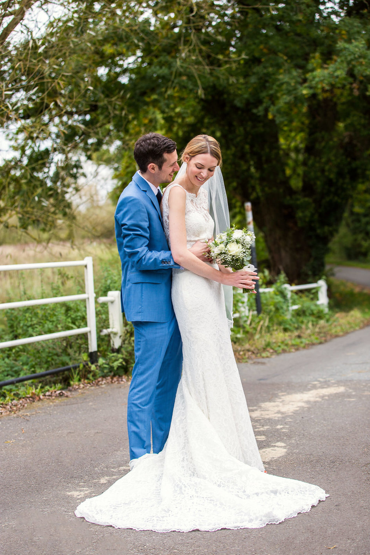 171007 - Berkshire Wedding Photographer-377.jpg