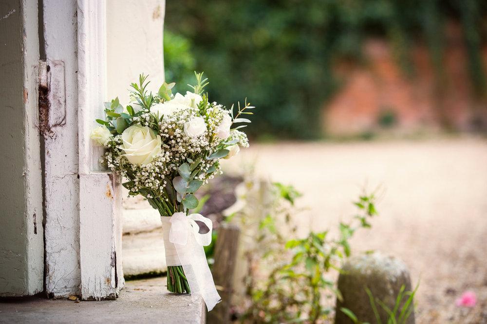 171007 - Berkshire Wedding Photographer-392.jpg
