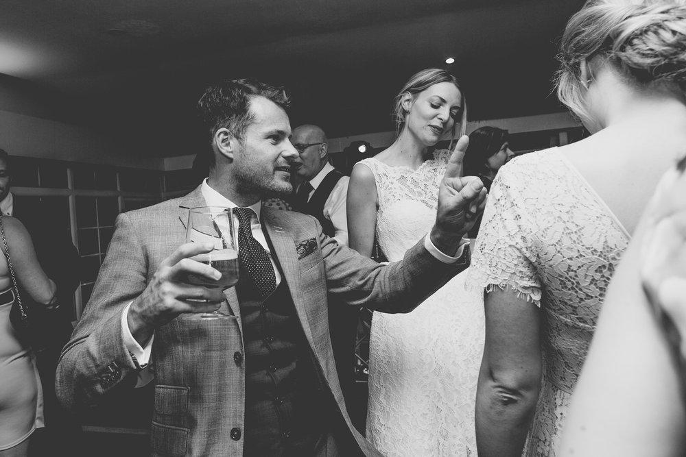 171007 - Berkshire Wedding Photographer-519.jpg