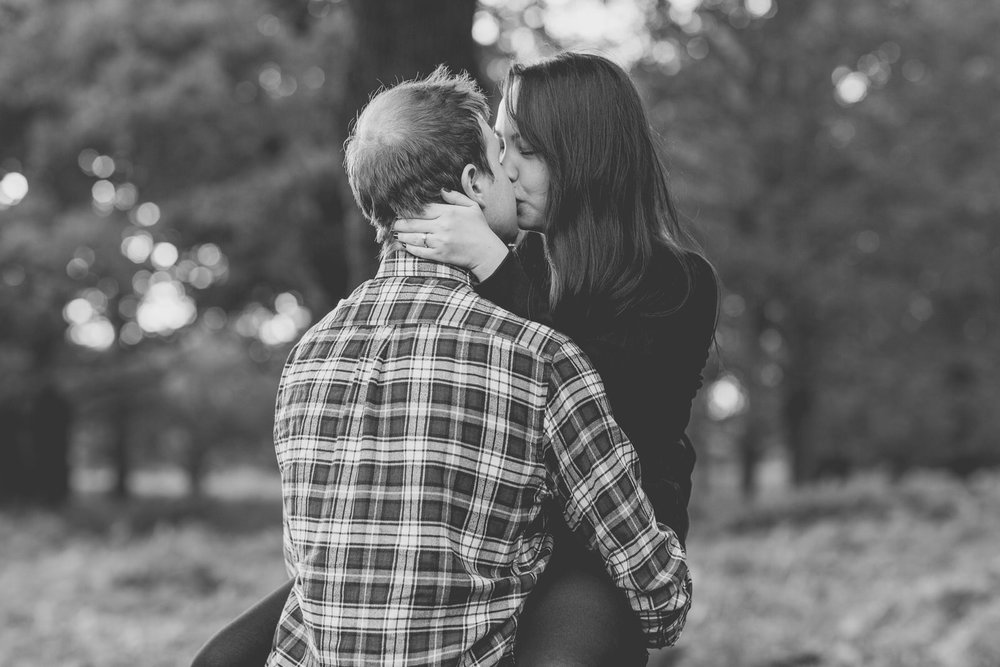 171015 - Richmond Park Engagement Photographer-64.jpg