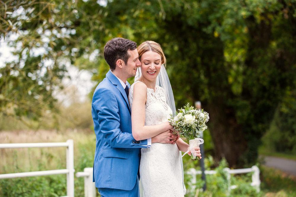 171007 - Berkshire Wedding Photographer-380.jpg