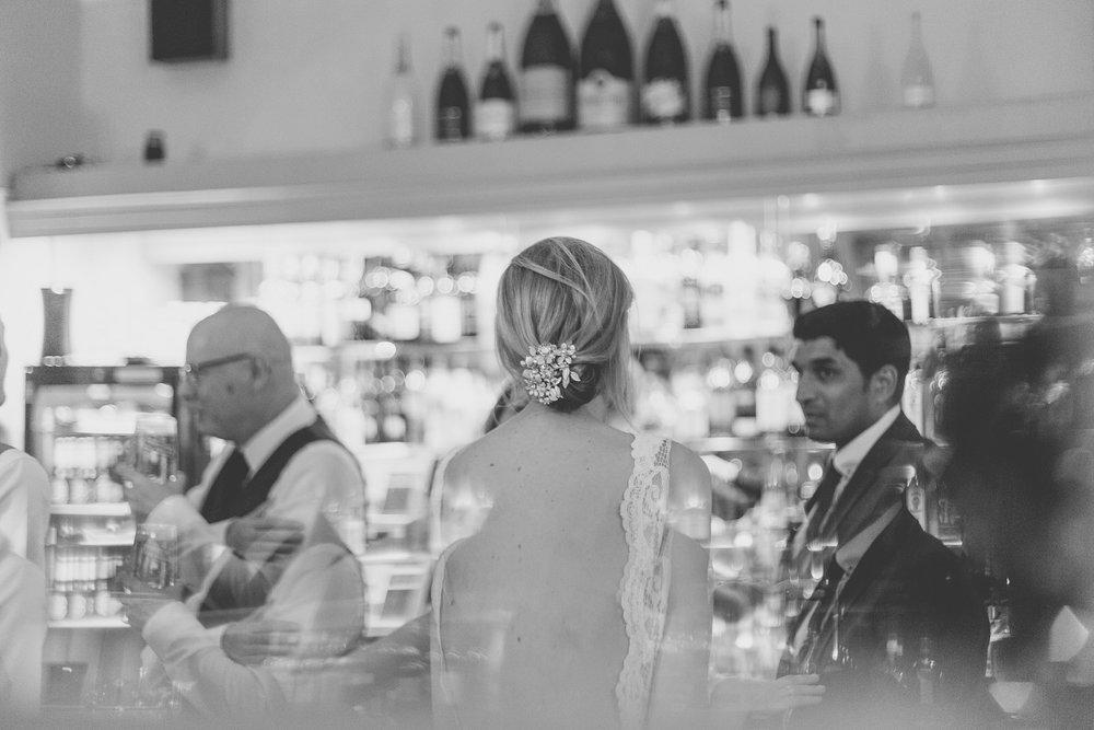 171007 - Berkshire Wedding Photographer-547.jpg