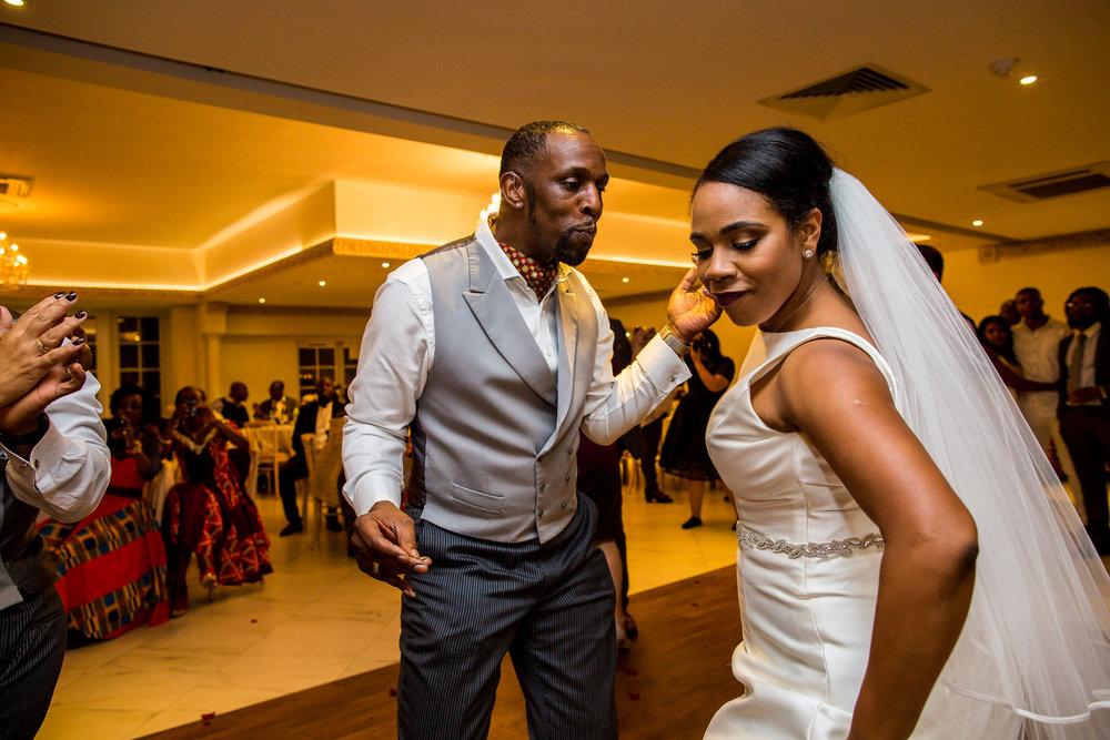 171008 - Froyle Park Wedding Photographer-734.jpg