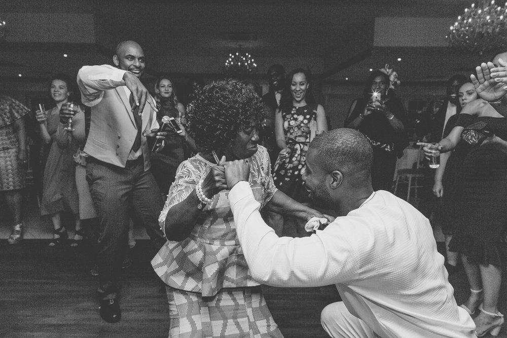 171008 - Froyle Park Wedding Photographer-778.jpg