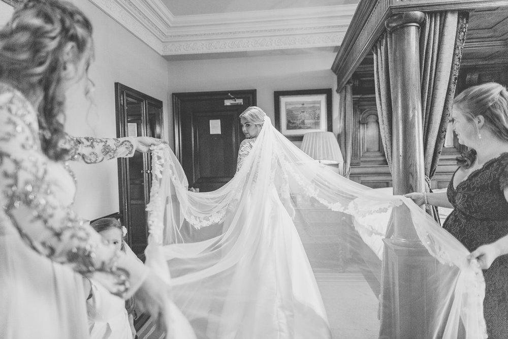 171104 - Buckinghamshire Wedding Photographer-187.jpg