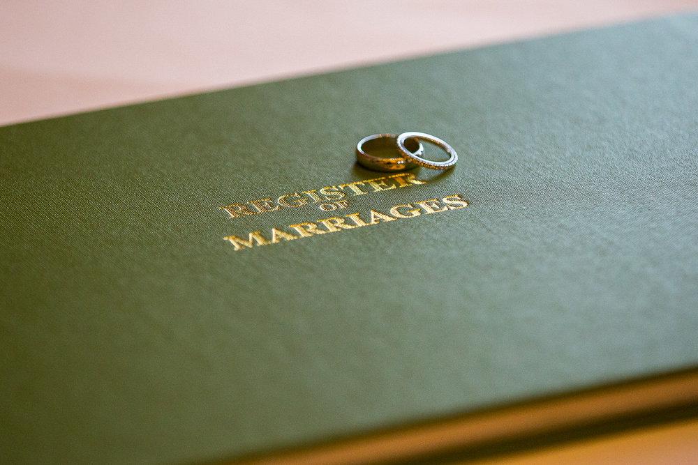 171104 - Buckinghamshire Wedding Photographer-203.jpg
