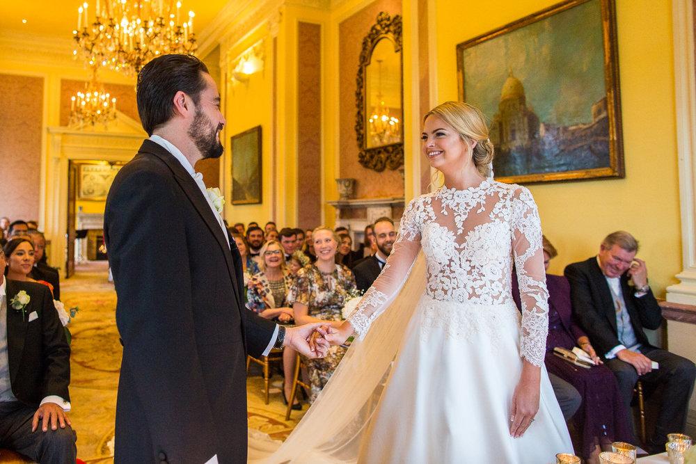 171104 - Buckinghamshire Wedding Photographer-249.jpg