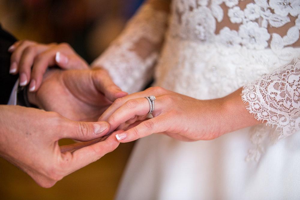 171104 - Buckinghamshire Wedding Photographer-289.jpg