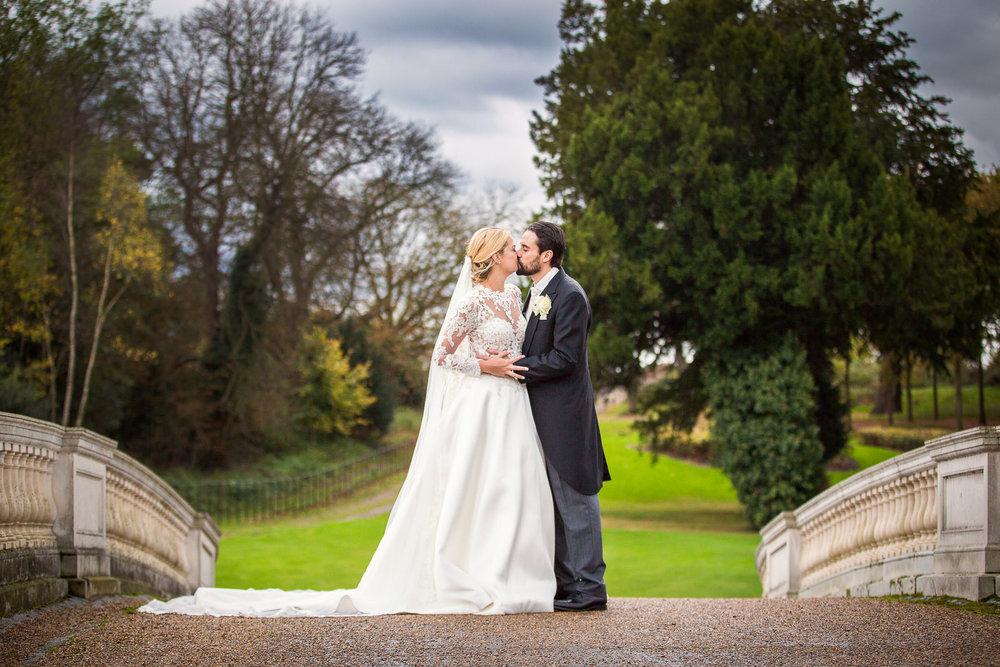 171104 - Buckinghamshire Wedding Photographer-364.jpg