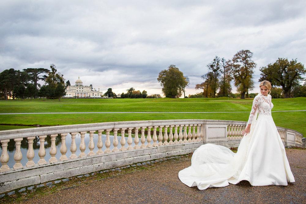 171104 - Buckinghamshire Wedding Photographer-374.jpg
