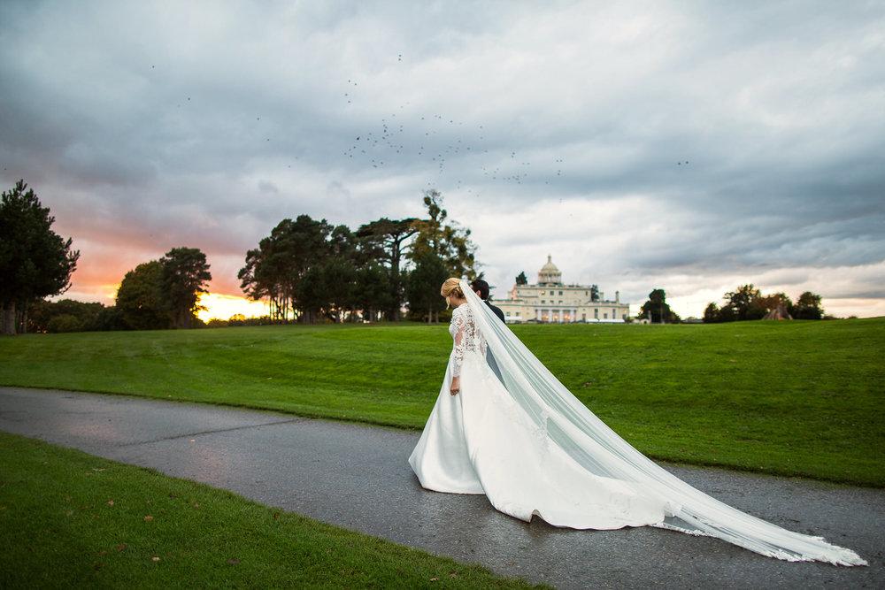171104 - Buckinghamshire Wedding Photographer-379.jpg