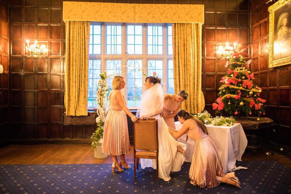 171229 - Buckinghamshire Wedding Photographer-322.jpg