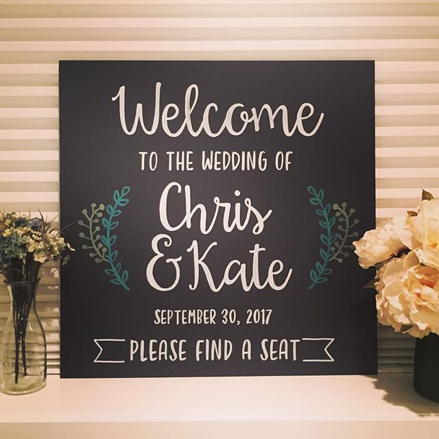 Sorry it's been a while since I posted! But I found this gem in my photo collection and forgot how much I loved it! What better way to welcome your #weddingguests to your #bigday . . #yyzwedding #toronto #torontoweddings #chalkboardart #weddinginspiration #handdrawn #calligraphy