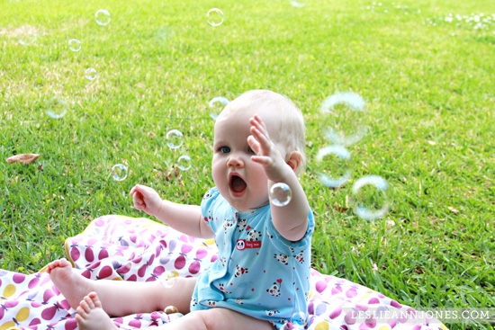 baby-bubbles-fun-play