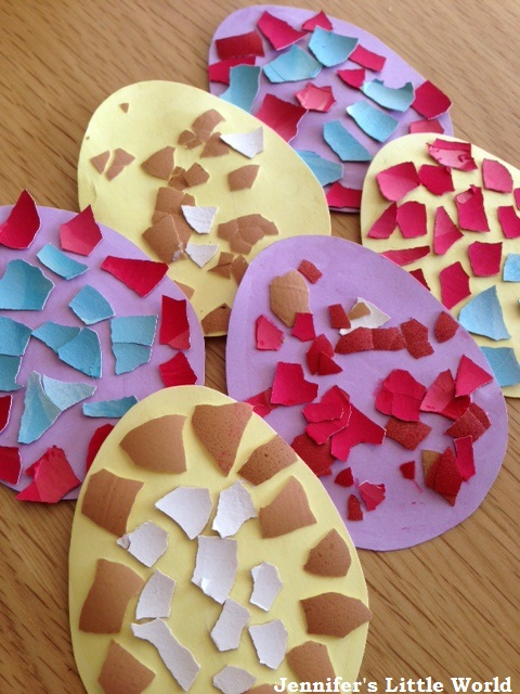 Easter craft - Dyed eggshell mosaic decorations