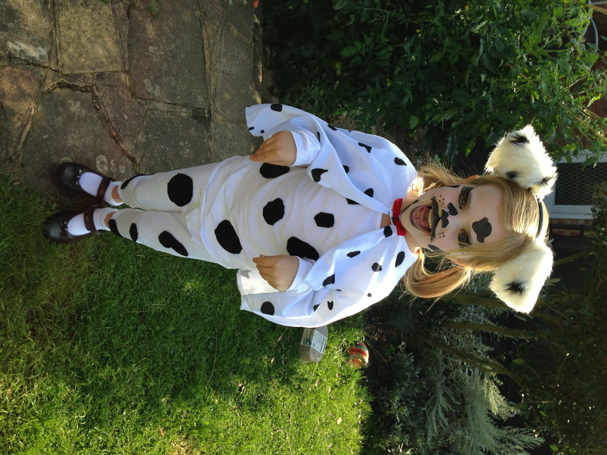 Making a Child's Dalmatian Costume and Makeup