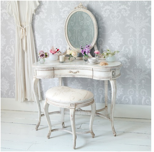 The Unruly Style of Shabby Chic - Verily, Victoria Vocalises....