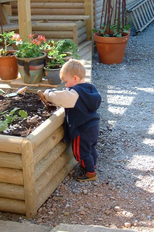 6 Reasons Why Gardening is Good for Children