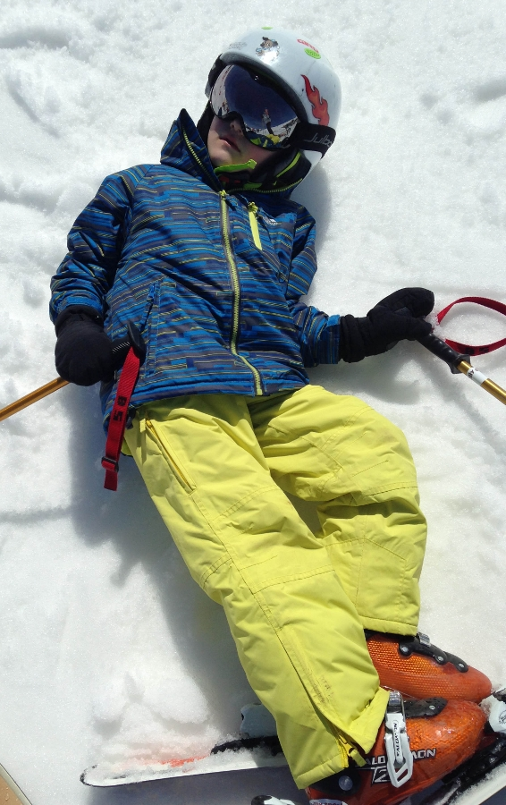 I'm a convert! Tips for a successful family ski trip.