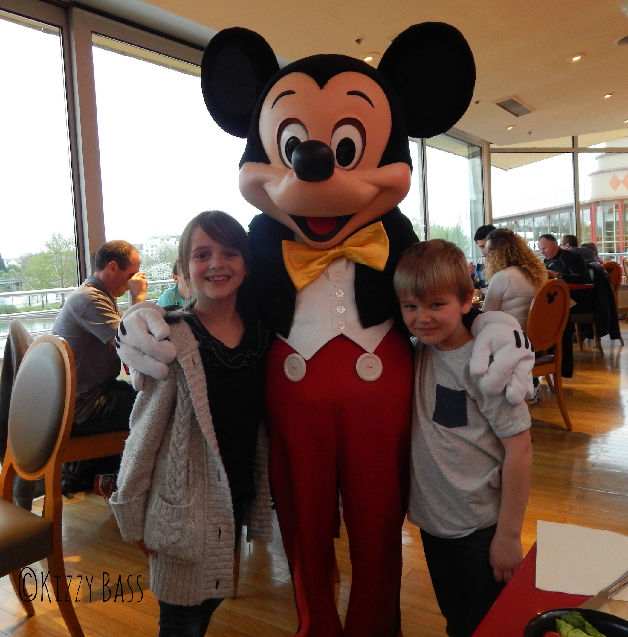 Dinner with Mickey #magicmoments #whatsthestory