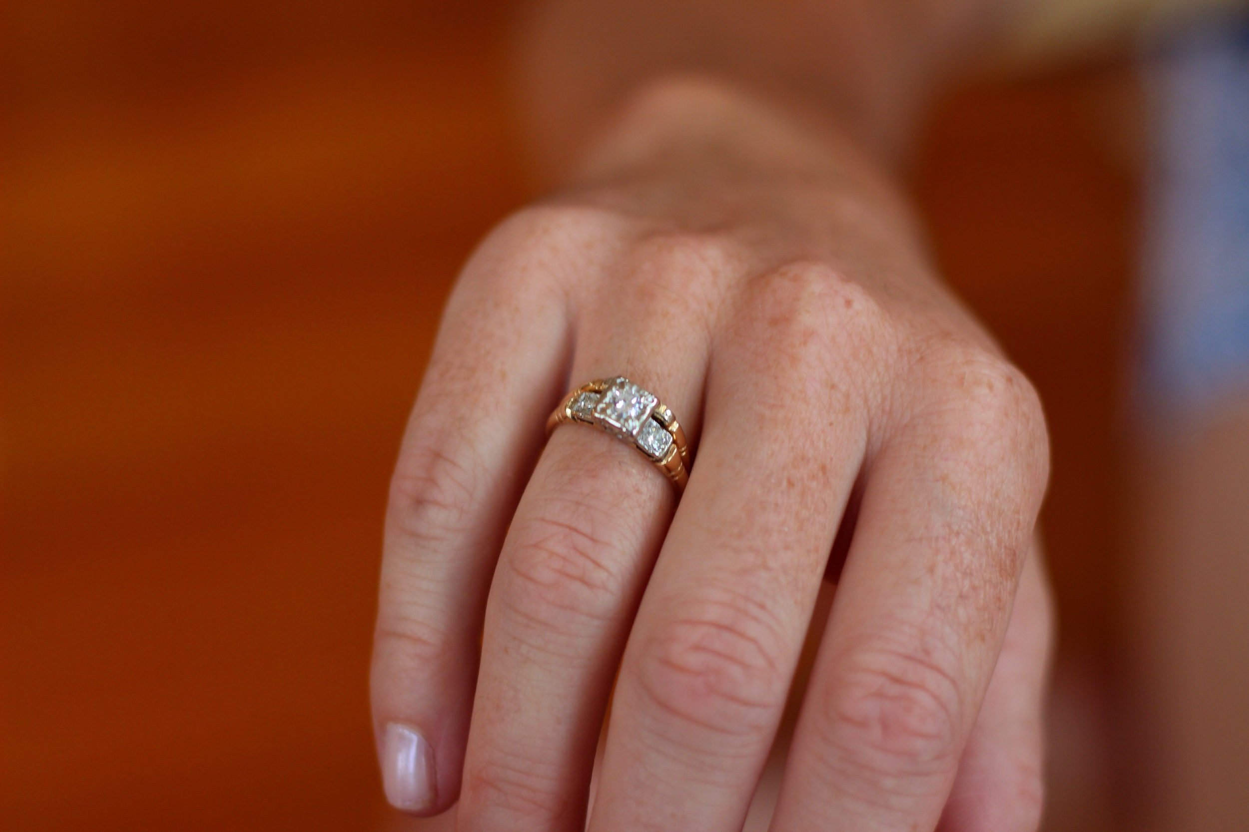 Thrifty Fashion: Eco and Frugal Wedding Rings